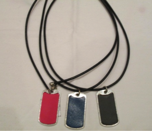 leather_dogtags